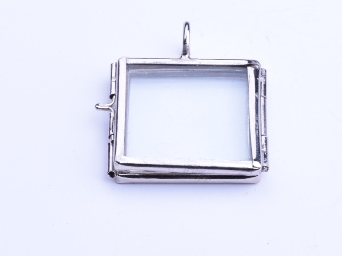 Hhh enterprises glass lockets glass pane pendents our glass our glass frame locket pendants square silver pack of 6 aloadofball Gallery