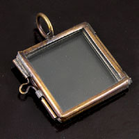 "1.2"" Square, Vintage Brass,Our Glass Frame Pendant, pack of 6"