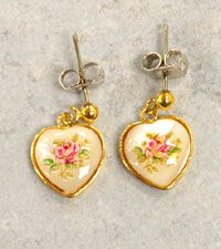 11mm Lucite Sweet Heart and Goldtone Earring, -pair